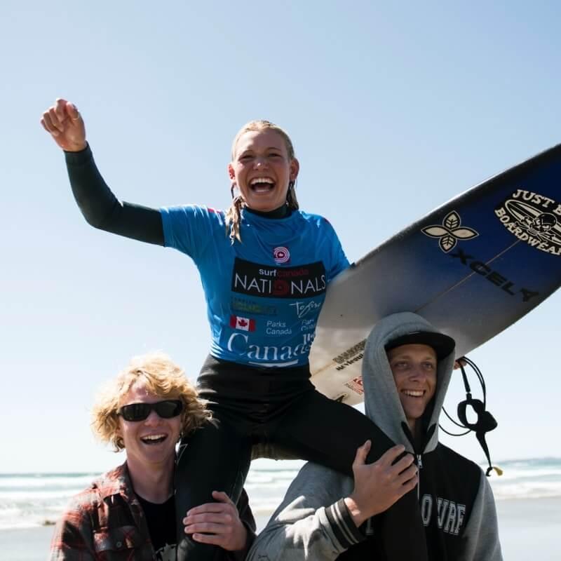 Bethany Zelasko world team surf canada